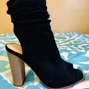 VENUS Shoes - Venus, women's open toe suede high heel booties